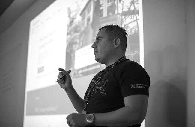 carlos-aguilar-google-expert-marketing-launchpad-gdl